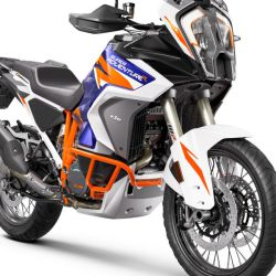 KTM_1290_SUPER_ADVENTURE_R_Studio_front_right