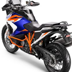 KTM_1290_SUPER_ADVENTURE_R_Studio_rear_left